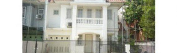 Jual Rumah Di Cibubur – Hunian Asri – Kondisi Bagus Sekali – Full Renovasi