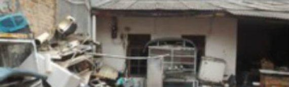 Rumah Dijual Di Tomang – Jual Hitung Tanah – Bangunan Tua Butuh Renovasi